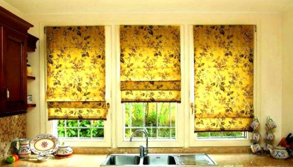 В чем преимущества тканевых ролетов на окна