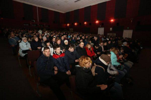 """В Хмельницком городском кинотеатре состоялся показ фильма """"Киборги"""""""