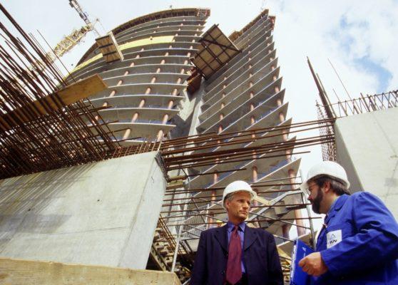 В чем преимущества покупки строительной фирмы