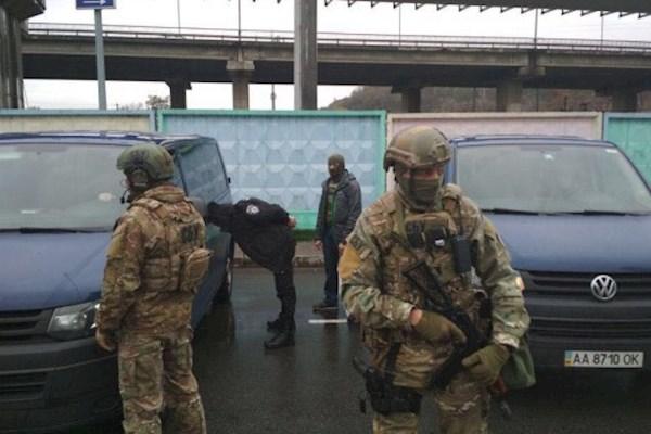 В Виннице сотрудники правоохранительных органов задержали турецкого сутенера