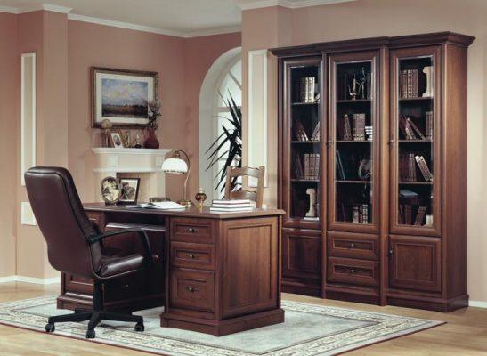Почему в кабинете руководителя должна быть самая лучшая мебель?