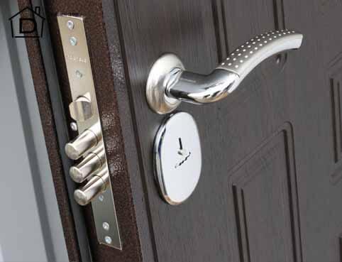 Как без проблем сменить замок на входной двери