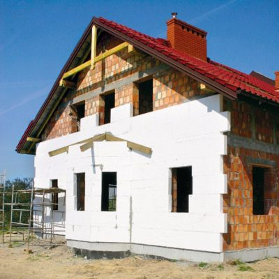 Пенопласт как доступный и надежный материал для утепления дома