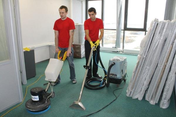 Как сэкономить на уборке офиса после ремонта