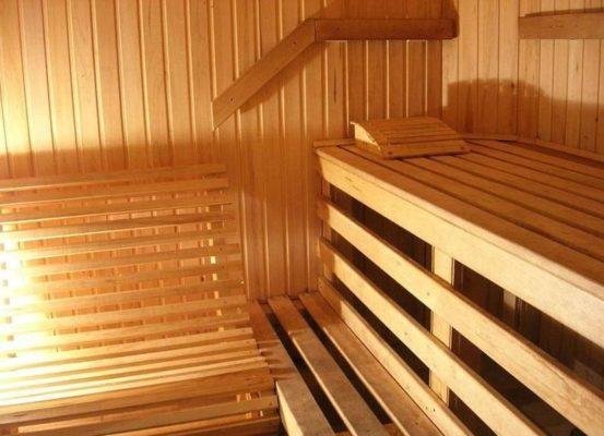 В чем особенность деревянной вагонки для бани