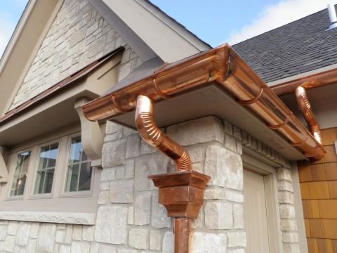 Как подобрать водосточную систему для частного дома?